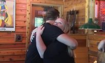 Waitress gets emotional after learning little boy's dad is deployed and plans sweet surprise