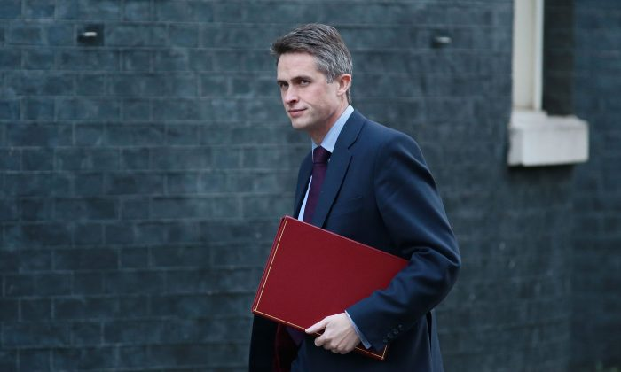 Britain's Defense Secretary Gavin Williamson arrives at 10 Downing Street in London on Dec. 04, 2018. (Jack Taylor/Getty Images)