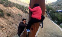 Videos of the Day: Illegal Immigrants Climb Tijuana Border Fence