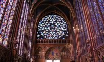 The Breathtaking Architecture of Sainte-Chapelle, Paris