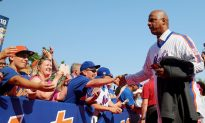 Baseball Great Darryl Strawberry Doesn't Support Athletes Using Marijuana for Pain Management