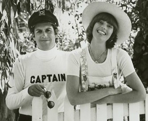 The Captain & Tennille's Daryl Dragon Dead at 76