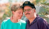 Daryl 'The Captain' Dragon of 'The Captain and Tennille' Dies at 76 with Ex-Wife Beside Him
