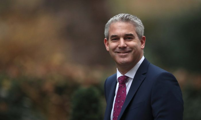 Britain's Secretary of State for Exiting the EU Stephen Barclay arrives in Downing Street, London, on Dec. 18, 2018. (Reuters/Hannah McKay)