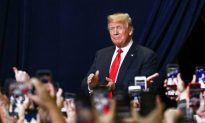 Trump Points to Successes, Popularity Among Base as Wall Against Impeachment