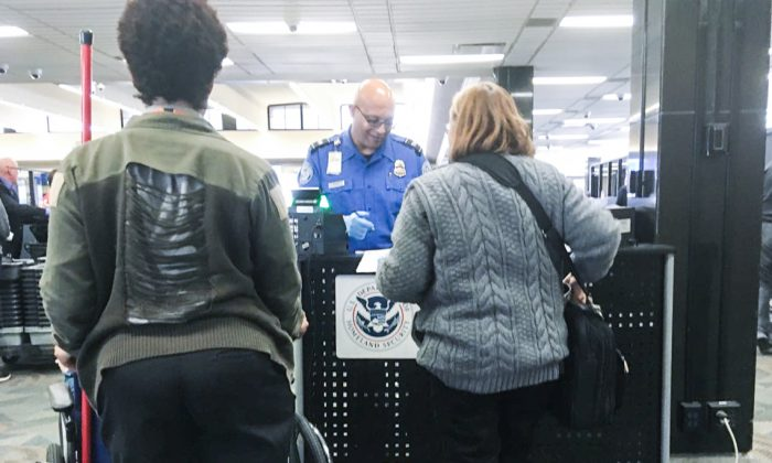 The TSA security area at Eppley Airfield in Omaha, Neb., on Oct. 10, 2018. (The Epoch Times)