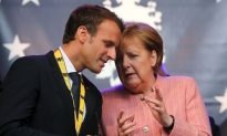 France and Germany Approve Extension of Treaty to Shore Up EU