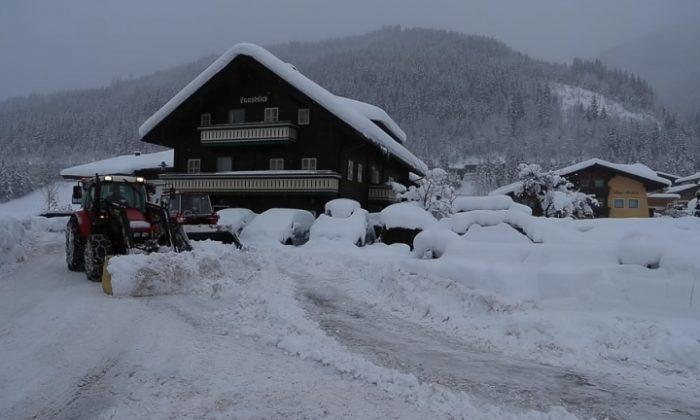 The Austrian ski resort of Flachau, south of Salzburg, is under heavy snow, on Jan. 9, 2019. (Reuters)