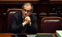 Italy Treasury Minister Sees Stagnation Rather Than Recession