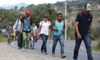 New Migrant Caravan Departs Honduras Amid US Border Security Impasse