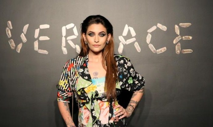 Paris jackson denies reports she tried to kill herself