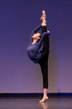 Shen Yun dancer Kaidi Wu at NTD competition doing technical requirement