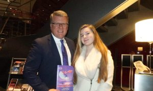 VP and Daughter Have a Tradition: See Shen Yun Together