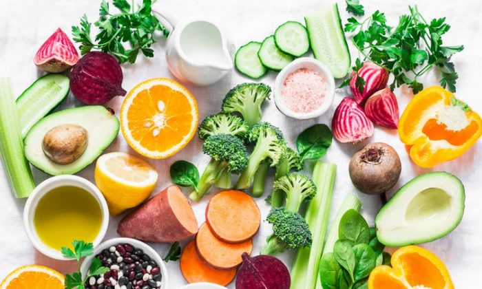 Variety of fruits and vegetables. (Shutterstock)
