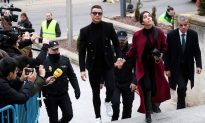 Soccer Star Ronaldo Accepts Fine for Tax Evasion, Avoids Jail