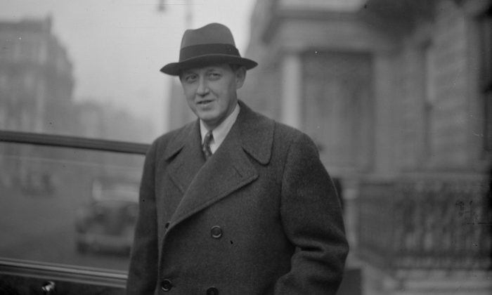 American diplomat Harry Hopkins (1890–1946), a prominent New Dealer and President Franklin D. Roosevelt's special envoy to London during World War II.  (Keystone/Getty Images)