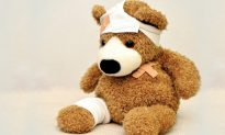 Doctor Performs 'Surgery' on Ripped Teddy Bear to Cheer Up Boy With Fluid in His Brain