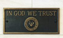 Indiana Bill Requires National Motto 'In God We Trust' in Schools, Protects Religious Views
