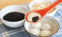 For the Chinese Lantern Festival, Make Sticky Rice Balls to Bring the Family Together