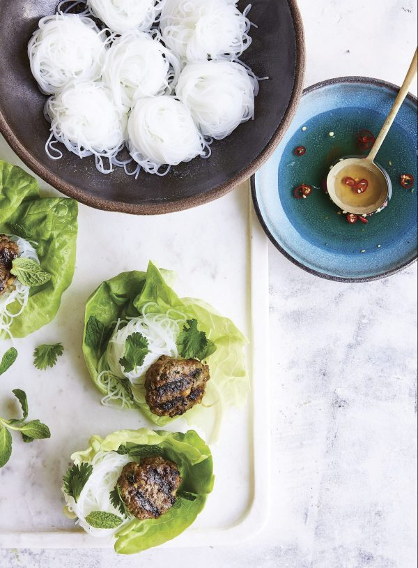 Curry-Scented Grilled Beef Lettuce Wraps