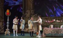 'Così Fan Tutte': Mozart's School for Lovers Returns to Canadian Opera Company Stage