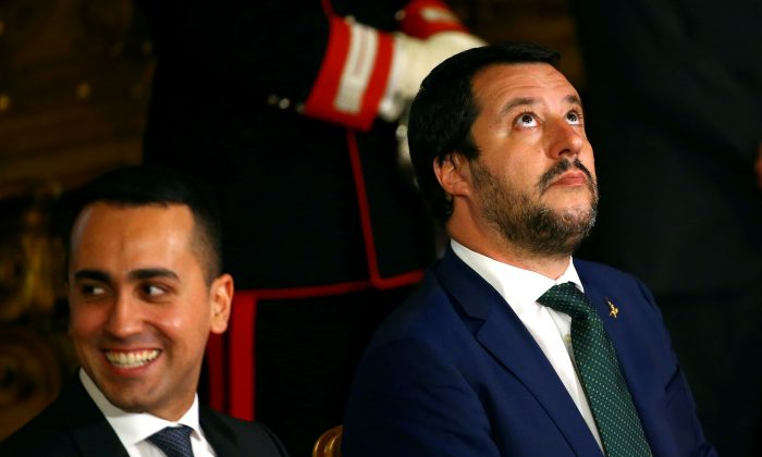 Italian Interior Minister Matteo Salvini (R) next to Italy's Minister of Labor and Industry Luigi Di Maio in Rome on June 1, 2018. (Tony Gentile/File Photo/Reuters)
