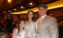 Doctor Says Shen Yun 'Is a wonderful gift to us'