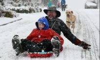 Snowstorm Buries Pacific Northwest, With More on the Way