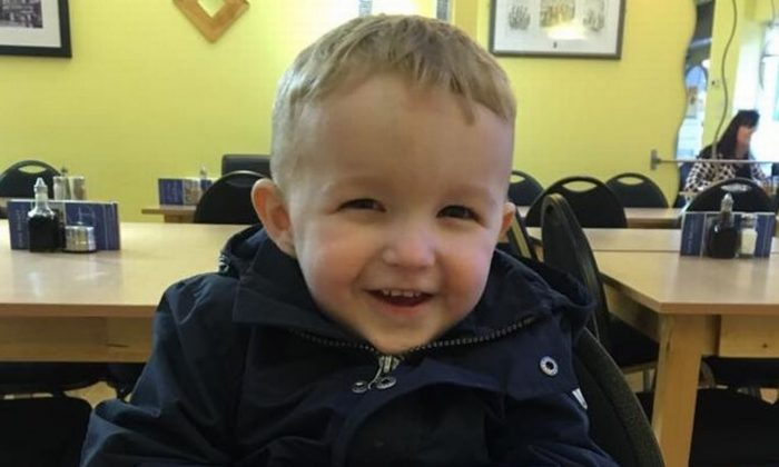 4-Year-Old Drowns in Swimming Pool After His Armbands Were Removed to Let Him Eat