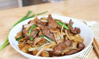 30-Minute Beef Chow Fun, a Cantonese Classic, at Home