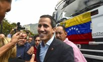 Venezuela's Guaidó Heads to Border as Ousted Dictator Threatens to Close It