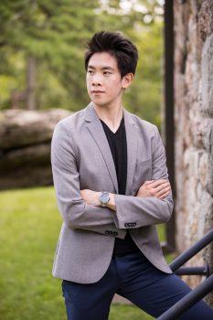 dancer Piotr Huang-outside