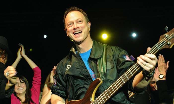 Gary Sinise Helps Wounded Veterans Move On with Their Lives, Just Like What 'Lt. Dan' Did