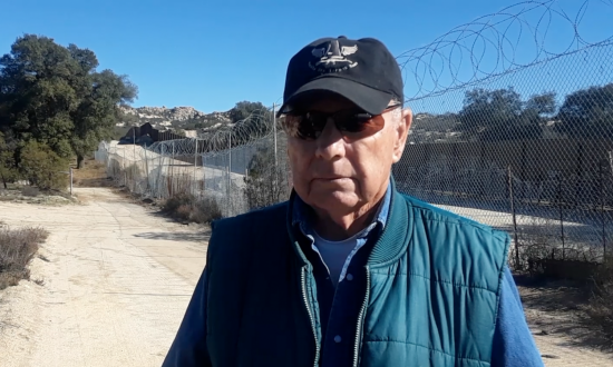 After Government Fence Fails, Man Becomes Vigilante Border Enforcer