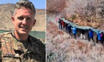 140 Utah Citizens Hoist 400-Pound Flag Atop Canyon in a Touching Tribute to Fallen Mayor