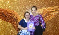 Shen Yun Helps Lifestyle School Owner Make a Spiritual Connection
