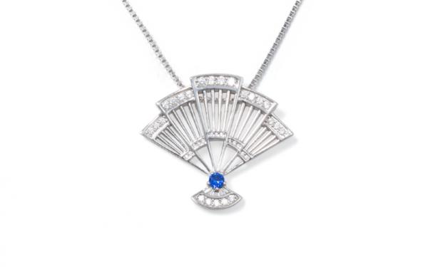 Fan-shaped necklace