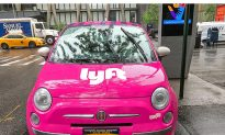 Lyft Driver Saves Lone 2-Year-Old Girl from Shivering in the Cold Outside Apartment