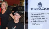 Pizza Inn Owner Hangs 'Warning' Sign After Complaint about Special-Needs Staff