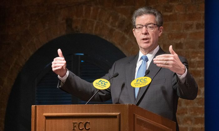 Sam Brownback, U.S. ambassador for religious freedom, delivered a speech at Hong Kong Foreign Correspondents' Club on March 8. (Li Yi/The Epoch Times)