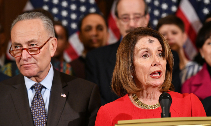 House Speaker Nancy Pelosi (R) with Senate Majority Leader Chuck Schumer (L) in the Rayburn Room of the U.S. Capitol in Washington, on March 6, 2019. (Mandel Ngan/AFP/Getty Images)