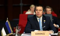 Estonian PM Invites Right-Wing Party to Join Cabinet