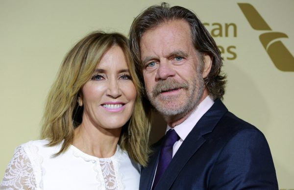 Felicity Huffman (L) and William H. Macy