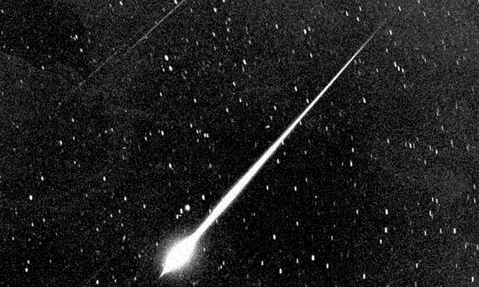This Bright Leonid Fireball Is Shown During The Storm Of 1966 In The Sky Above Wrightwood, Calif. (Nasa/Getty Images)