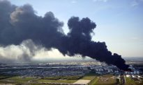 US Investigators to Begin Hunt for Cause of Texas Petrochemical Disaster