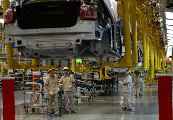 China's industrial profits fall in first 2 months