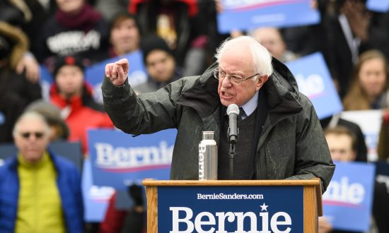 Report Shows Cable Networks Cover Sanders, O'Rourke More Than Anyone Else