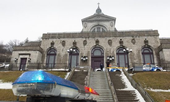 Montreal Priest Stabbed While Celebrating Morning Mass at Landmark Oratory