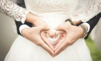 'Double Fairytale': Twin Sisters Married to Twin Brothers Plan to Synchronize Pregnancies