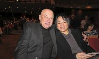 'It's a Beautiful Story:' VP Mesmerized by Shen Yun's Music, Dance